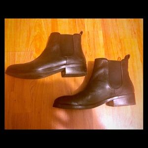 Cole haan Chelsea boots 7.5